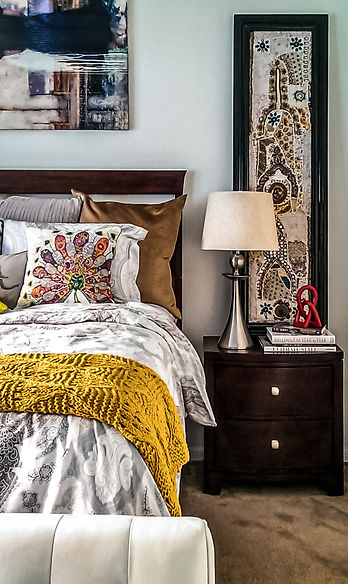 Eclectic-Master-Bedroom-Design-Nightstan