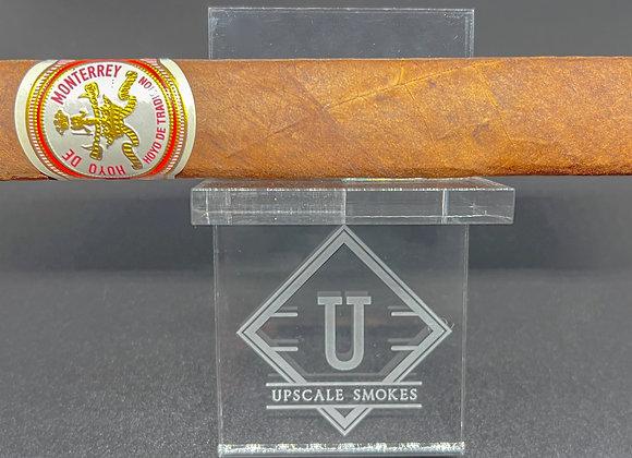 Hoyo de Tradicion by Hoyo Cigars