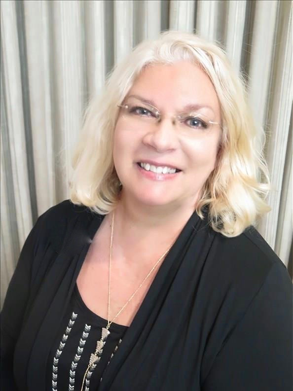Author Brandie June interviews editor Elaine Ash