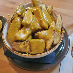Curried Chips ENTREE