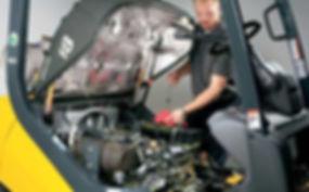 Lucidity software maintenance management  - man servicing an engine