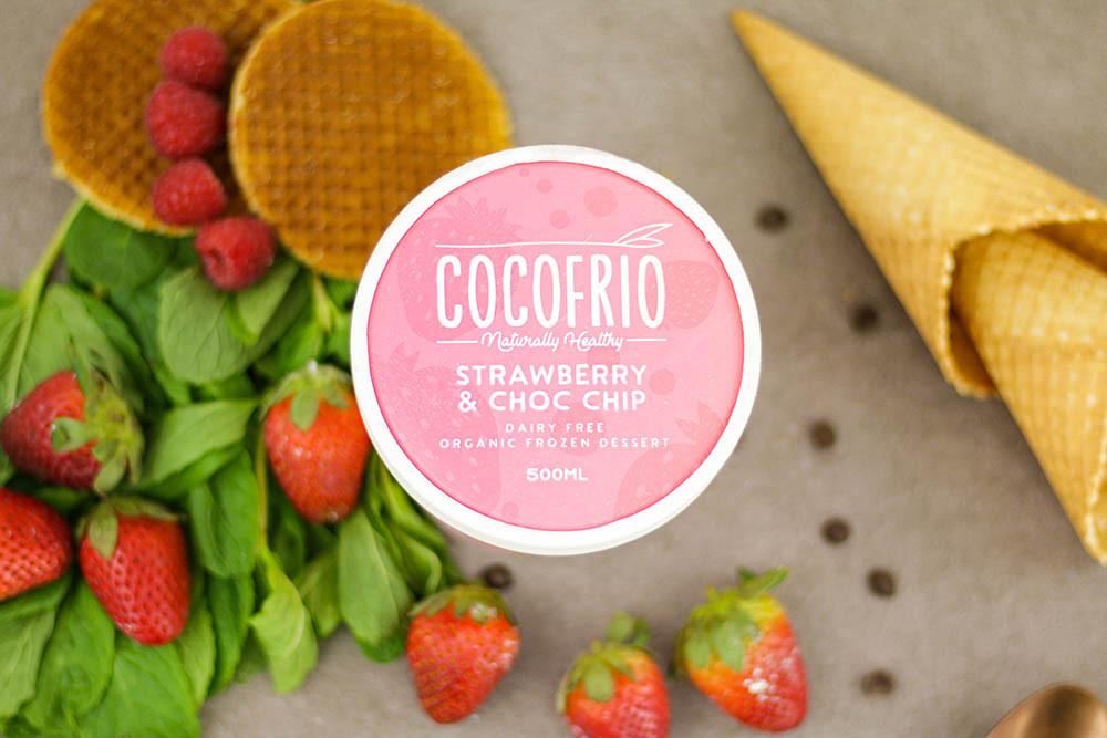 Cocofrio Strawberry & Choc Chip
