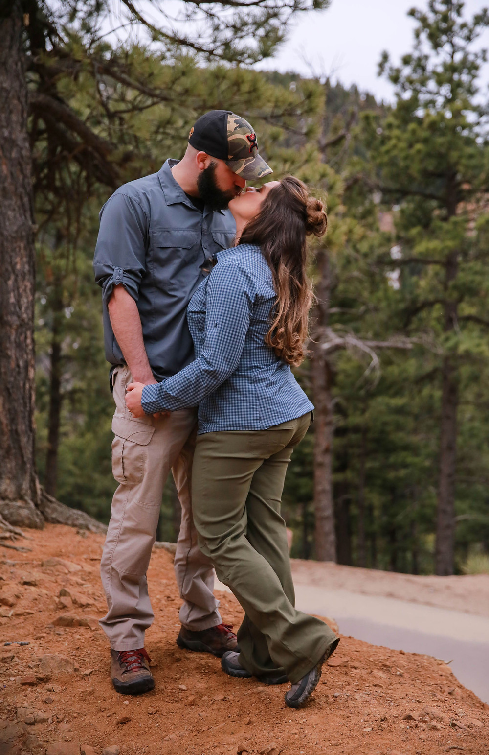 colorado hiking engagmeent session