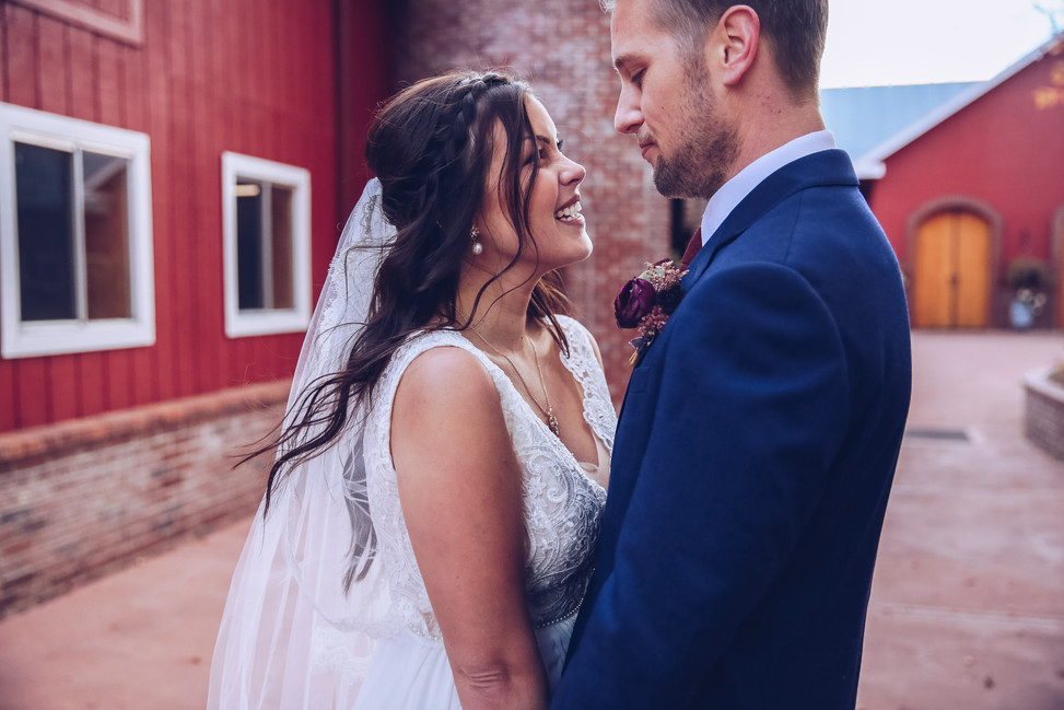 Crooked Willow Farms Wedding Photographer
