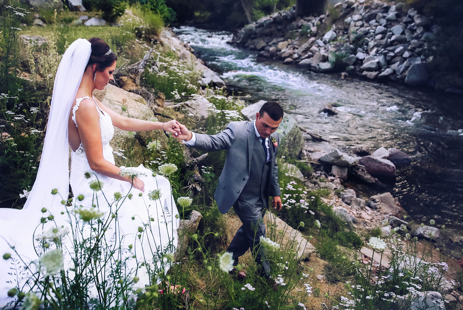 Wedgewood Boulder Wedding Photographer