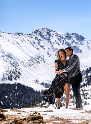 colorado winter engagement sessions