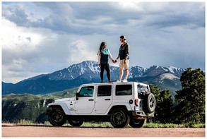 colorado jeeping engagement session