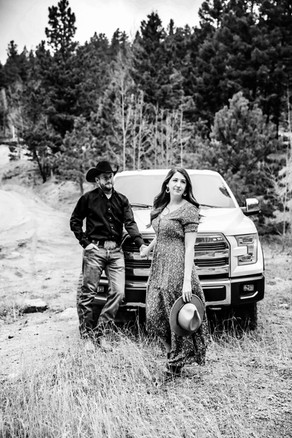 colorado country engagement session