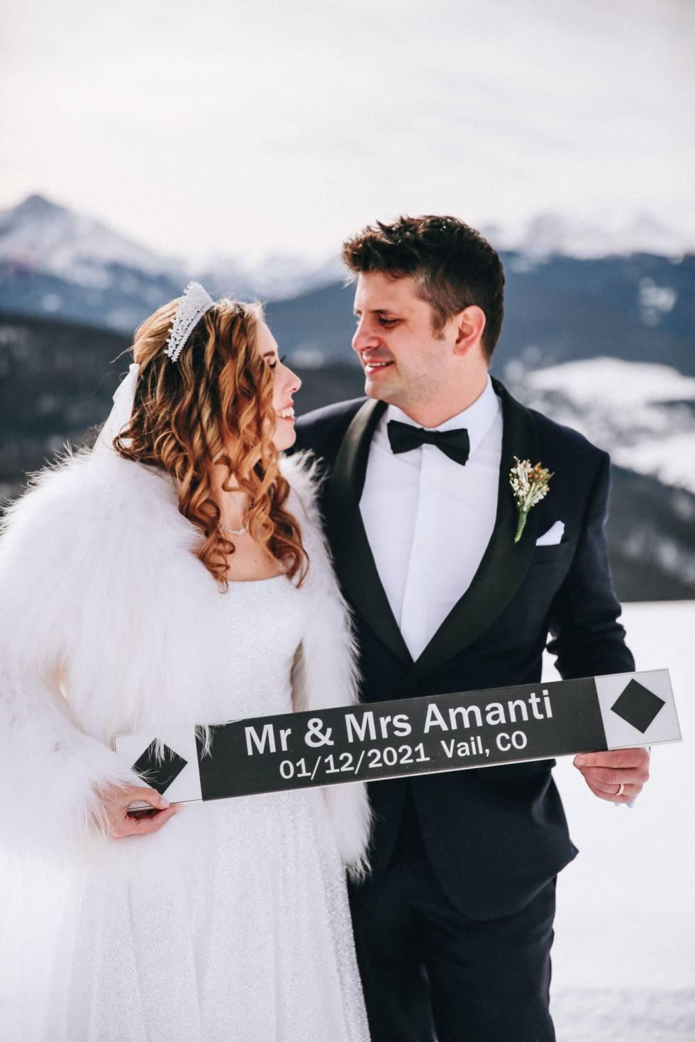 Colorado winter micro wedding