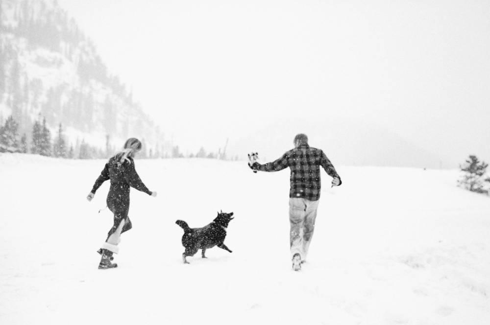 colorado winter engagement photography