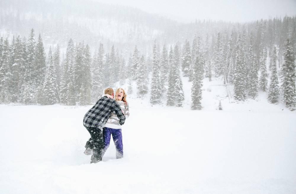 colorado ski resort winter engagement photos