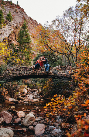 colorado fall color engagement session