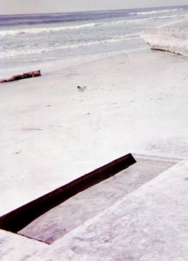 1969 Large Negative Earth Sculpture
