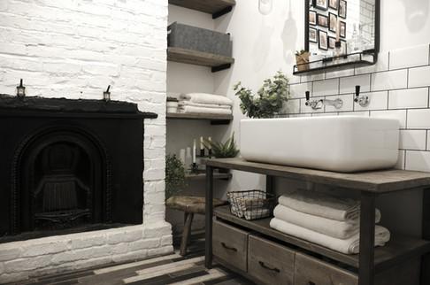 House of Kin, Residential Design, Bathro