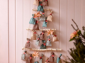 DIY Poinsettia Advent Calendars