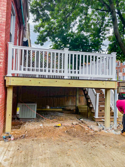 Deck Construction by Bonn Group America Construction in Washington D.C-12.jpg