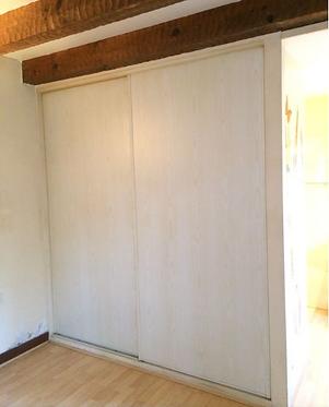 Portes placard coulissantes + étagères