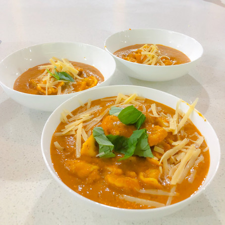 Slow Cooked Tortellini Soup