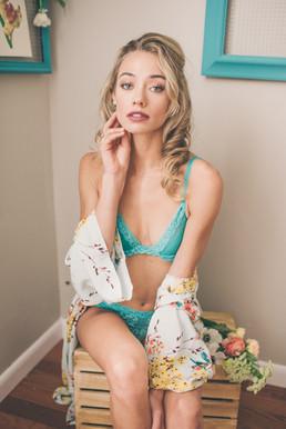 hair_makeup - katherine henry boudoir 14