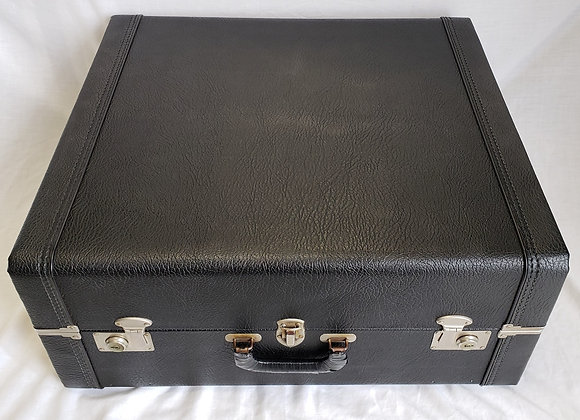 FREE SHIPPING! Pre-Owned Hard Shell Carrying Case #1 (full size)