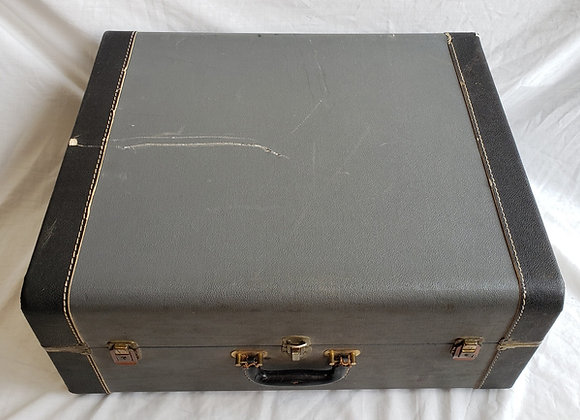 Pre-Owned Hard Shell Carrying Case #9 (full size)