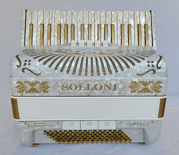 Solloni Compact - front 3.jpg