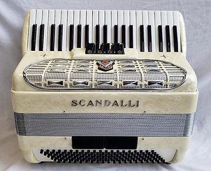 Scandalli Silvana III - front.jpg
