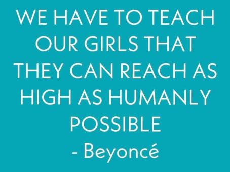 Idag hyllar vi kvinnor runt om i världen