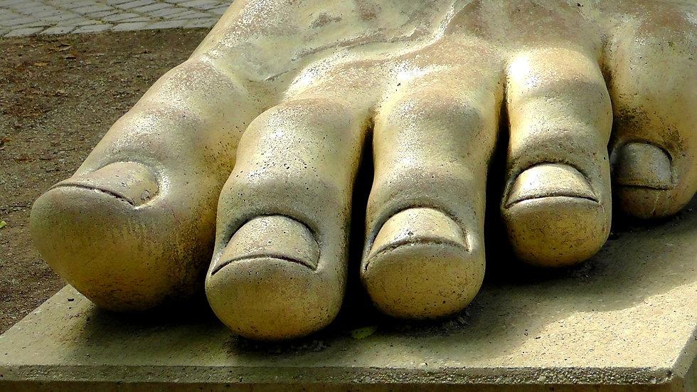 foot-853400_1920.jpg