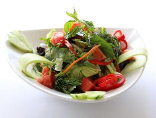Elle Kırma Yeşil Salata