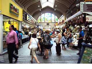 Mercados e Supermercados: porque muita degustação em um e pouca em outro?