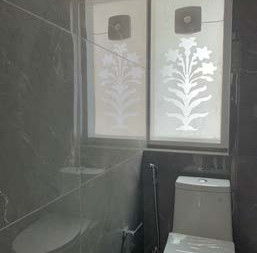Second Bathroom 2.jpg