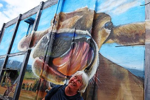 Monto cow lick lr.jpg