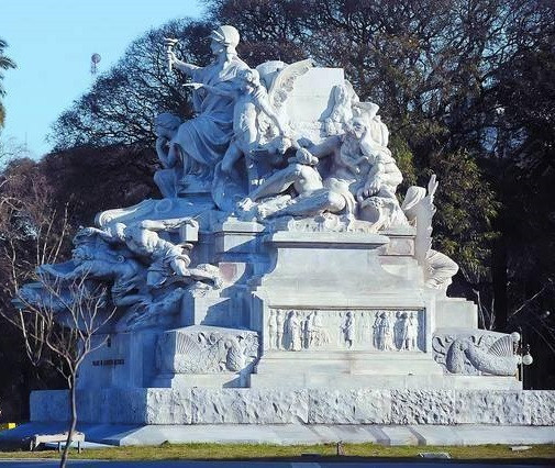 Basamento del Monumento