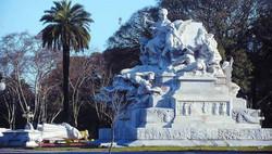 Basamento-del-Monumento