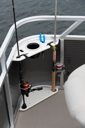 7515 Sport Deluxe Front Cup & Rod Holders