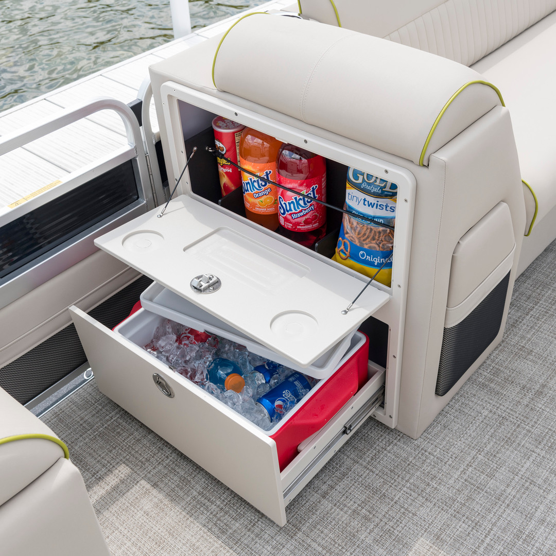 Refreshment Center with Removable Cooler