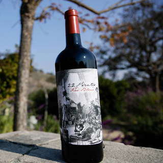 22 Pirates, Red Blend