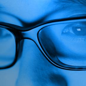Luce blu: quali effetti può provocare?