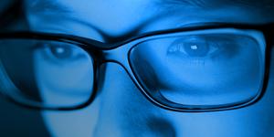 Luce blu degli schermi