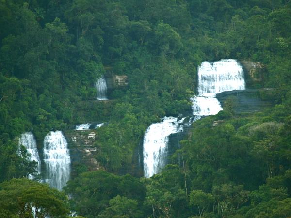 Cachoeira dos Pilões