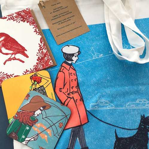 Gift bundle with a tote bag