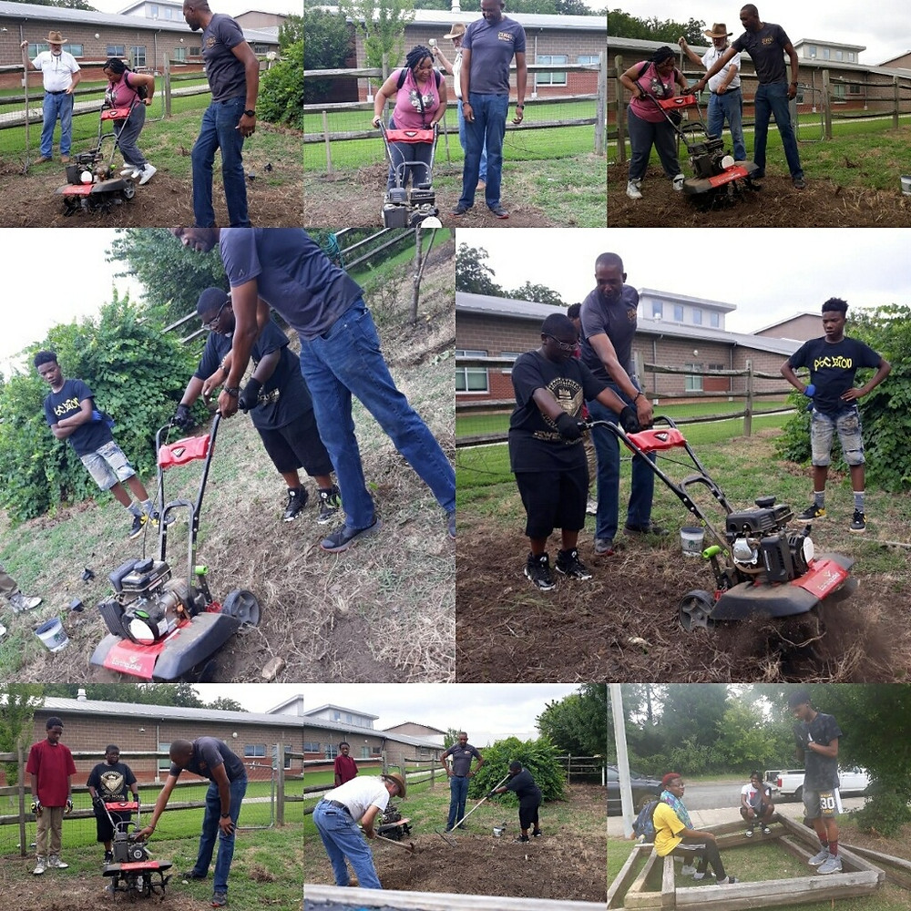 UpROAR Leadership Academy (ULA) students working to help their community