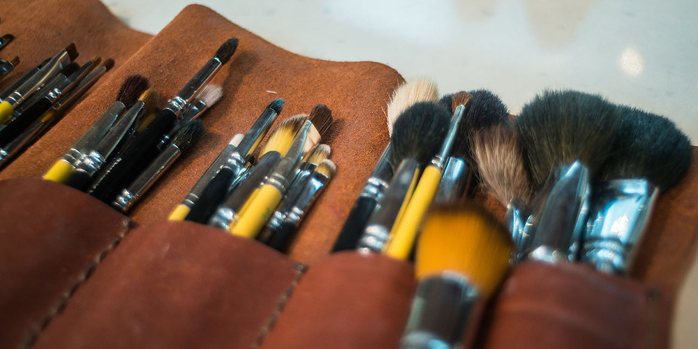 Makeup brushes used by Andrew Elliot