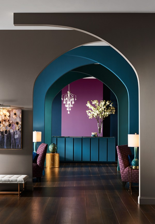 Curved Painted Walls, Interior Design