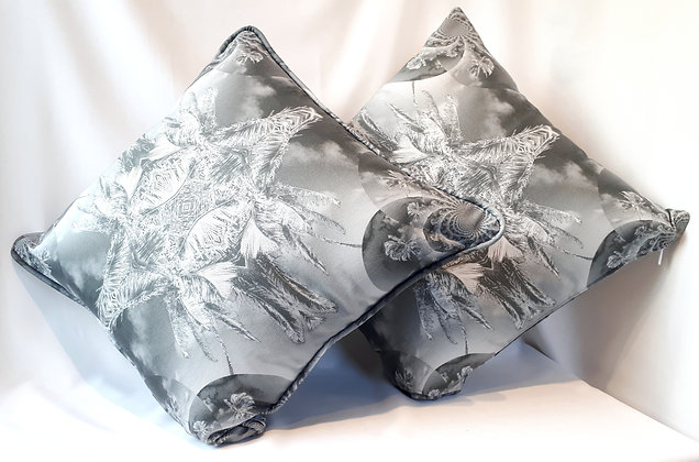 Zoria Cushion Cover