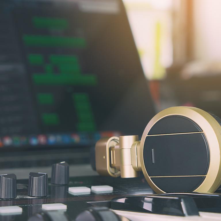 Curs de gravació i autoproducció per a músics
