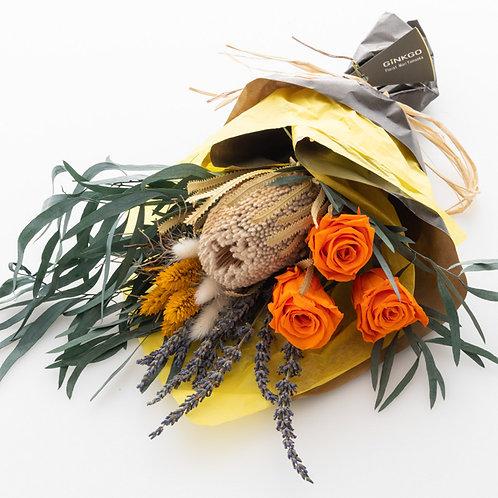 母の日スペシャル。ほんのり香るバラ入りドライフラワーブーケ(Lサイズ)
