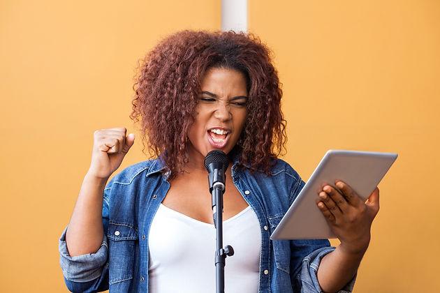 Should I Hire a Vocal Coach or a Voice Teacher?