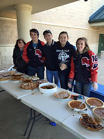 Students Volunteer from Round Rock HS